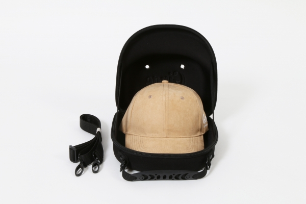 Cap Carry Case With Suede Baseball Cap